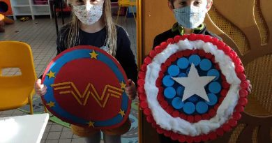 Masqués comme des Super-Héros à La Farandole.